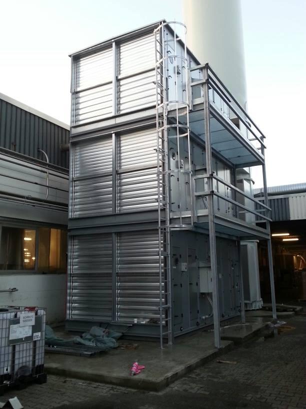 Stahlgerüst - Bühnenkonstruktion mit Aufstiegsleiter